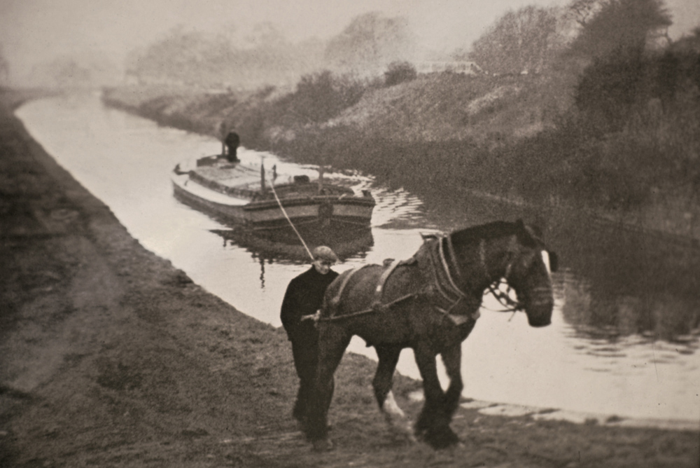 Parbold horse-boat of Ainscough's nr Appley lock - 1960